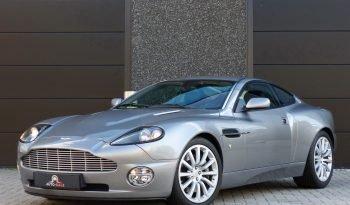 Aston Martin Vanquish V12 2+2